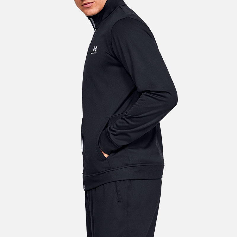 under-armour-sportstyle-tricot-jacket-black-side